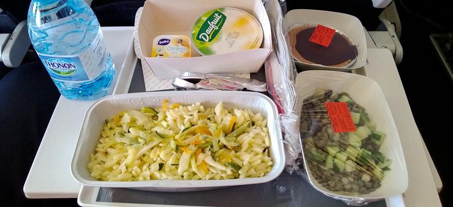 vegetarisches Flugzeug-Mahl