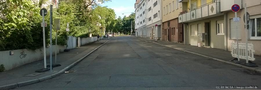 unglaublich viele Parkplätze /2
