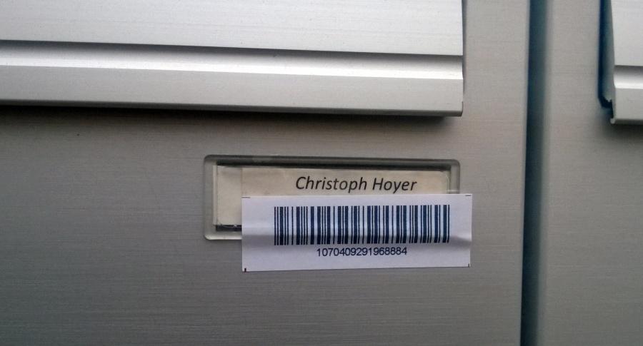 Briefkasten mit Barcode