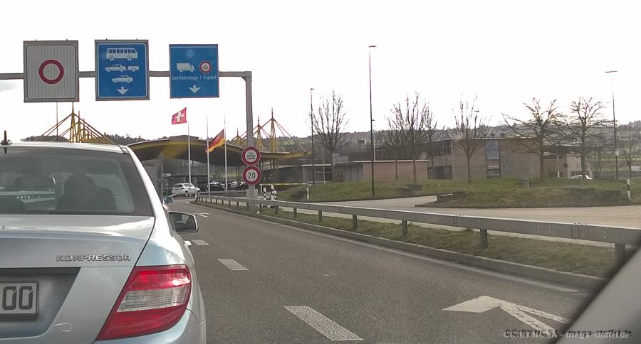 Halbmast an der Schweizer Grenze