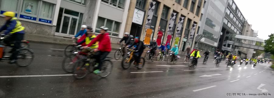 Critical Mass Stuttgart, Mai & Regen