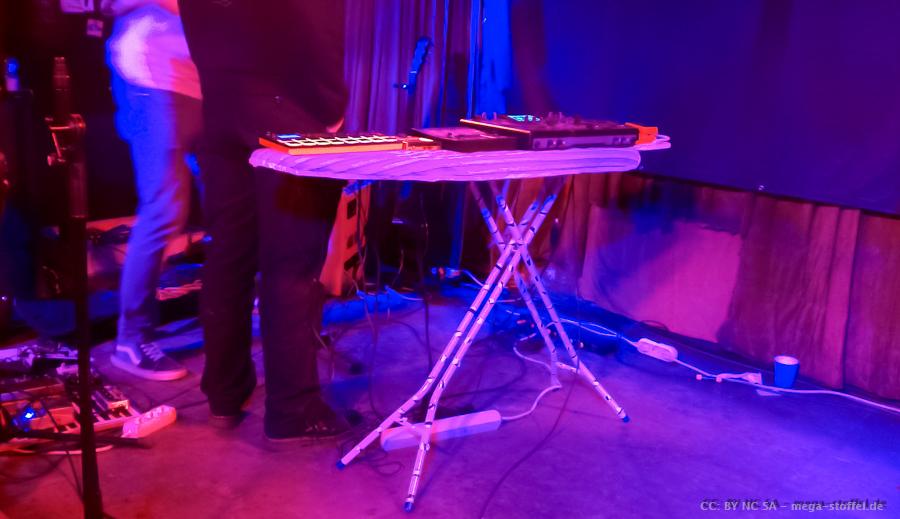Bügelbretter auf Konzert-Bühnen