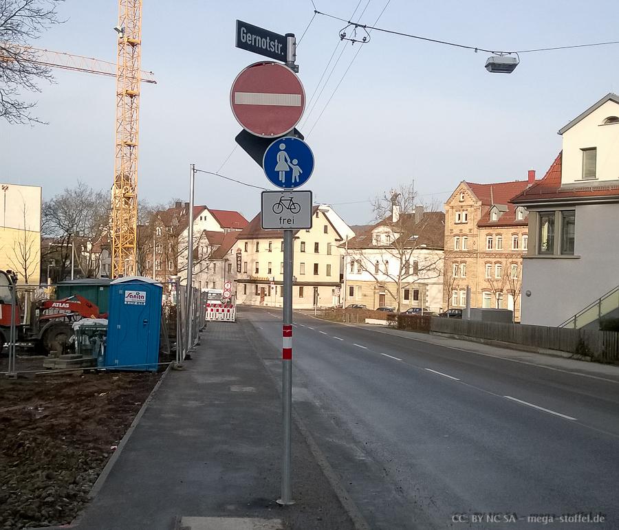 kein richtiger Radweg, aber machbar