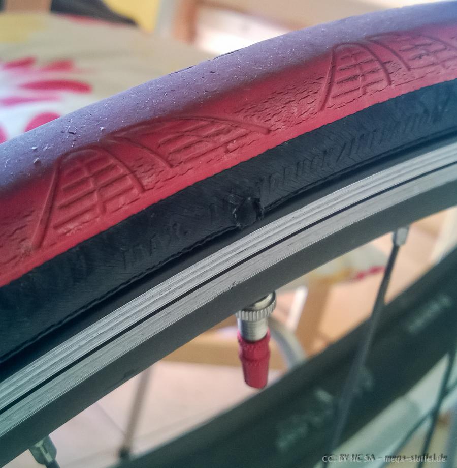 Fahrradmantelloch
